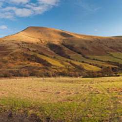 Hill on a landscape, Lose Hill, Edale, Peak District, Sheffield, England