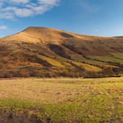 Hill on a landscape, Lose Hill, Edale, Peak District, Sheffield, England