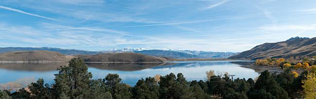 Lake surrounded by mountains, Topaz Lake, Nevada, USA
