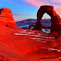 Natural arch in a desert, Delicate Arch, Arches National Park, Utah, USA