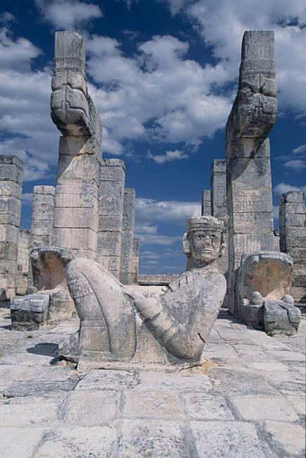 Chac Mool statue at a temple, Temple Of Warriors, Chichen Itza, Yucatan, Mexico