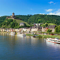 Town at the riverside, Mosel River, Cochem, Rhineland-Palatinate, Germany