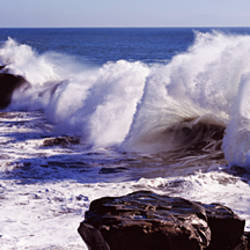 Waves breaking on the coast, Santa Cruz, Santa Cruz County, California, USA