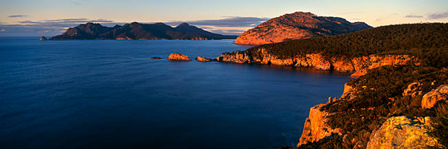 High angle view of cliffs, Cape Tourville, Freycinet National Park, Tasmania, Australia