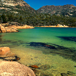 Rocks on the coast, Honeymoon Bay, Freycinet Peninsula, Freycinet National Park, Tasmania, Australia