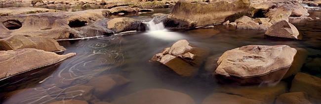 River flowing through rocks, Ocoee River, Tennessee, USA