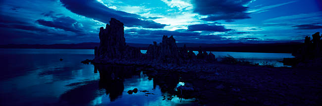 Tufa rock formations at the lakeside, Mono Lake, California, USA