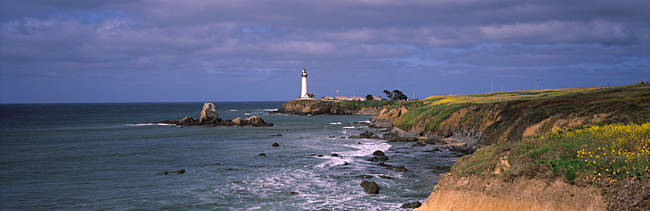 Lighthouse on the coast, Pigeon Point Lighthouse, San Mateo County, California, USA