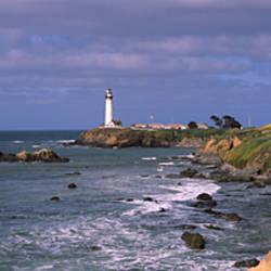 Lighthouse on the coast, Pigeon Point Lighthouse, San Mateo County, California, USA