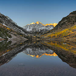Reflection of mountains in a lake, Maroon Bells, Aspen, Pitkin County, Colorado, USA