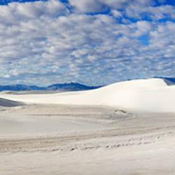 Gypsum sand dunes in a desert, White Sands National Monument, Alamogordo, Otero County, New Mexico, USA