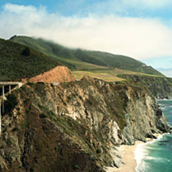 Bridge across hills at the coast, Bixby Bridge, Highway 101, Big Sur, California, USA