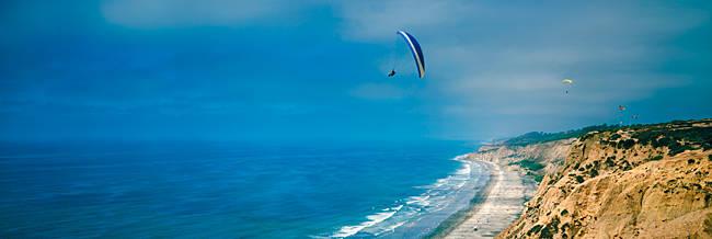 Paragliders over the coast, La Jolla, San Diego, California, USA