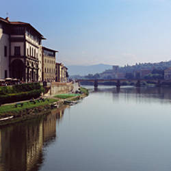 Buildings along a river, Uffizi Museum, Ponte Vecchio, Arno River, Florence, Tuscany, Italy