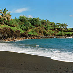 Surf on the beach, Black Sand Beach, Maui, Hawaii, USA