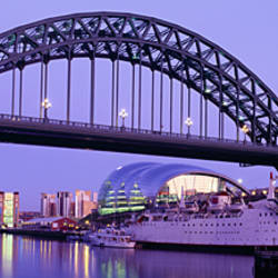 Bridge across a river, Tyne Bridge, Tyne River, Newcastle Upon Tyne, Tyne And Wear, England