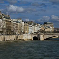 Bridge across a river, near Notre Dame, Pont De La Tournelle, Seine River, Paris, Ile-De-France, France
