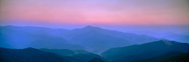 Fog over mountains, Pisgah National Forest, North Carolina, USA
