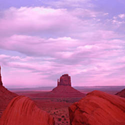 Buttes at sunset, The Mittens, Merrick Butte, Monument Valley, Arizona, USA