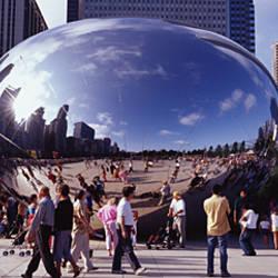 USA, Illinois, Chicago, Millennium Park, SBC Plaza, Tourists walking in the park
