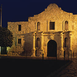 Building Lit Up At Night, Alamo, San Antonio Missions National Historical Park, San Antonio, Texas, USA