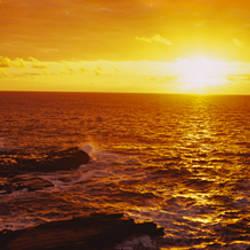 Sunrise over the sea, Oahu, Hawaii, USA