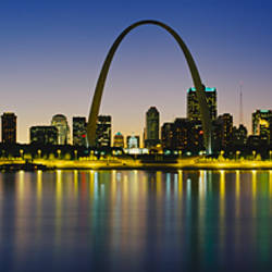 City lit up at night, Gateway Arch, Mississippi River, St. Louis, Missouri, USA