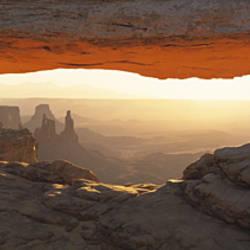 Mesa Arch, Canyonlands National Park, Utah USA
