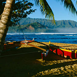 Catamaran on the beach, Hanalei Bay, Kauai, Hawaii, USA