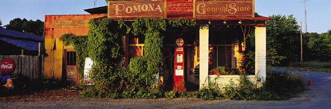 General Store, Pomona, Illinois, USA