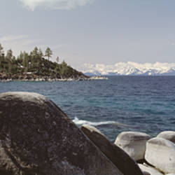 USA, California, Lake Tahoe, Rocks on the coast