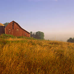 Barn in a field, Iowa County, near Dodgeville, Wisconsin, USA