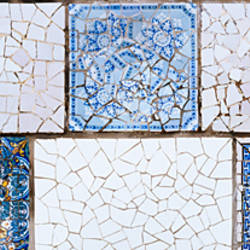 Mosaic details on a wall, Park Guell, El Carmel, Gracia, Barcelona, Catalonia, Spain