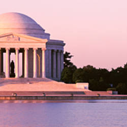 USA, Washington DC, Jefferson Memorial, Building at the waterfront