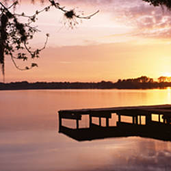 USA, Florida, Orlando, Koa Campground, Lake Whippoorwill, Sunrise
