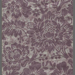 traditional floral wallpaper with faux finish: 540695